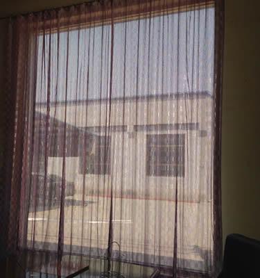 Metal door curtain